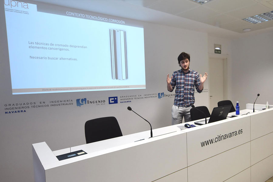 David Yurrita, ganador del premio al mejor Trabajo Fin de Grado de la Cátedra Industria 4.0