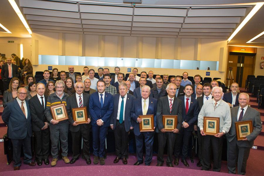 CITI Navarra homenajea a los colegiados que celebran sus bodas de oro y plata y la entrega los premios de la Cátedra Industria 4.0